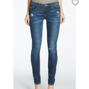 ⚡SALE! Blank NYC Skinny Classique Distressed Jeans